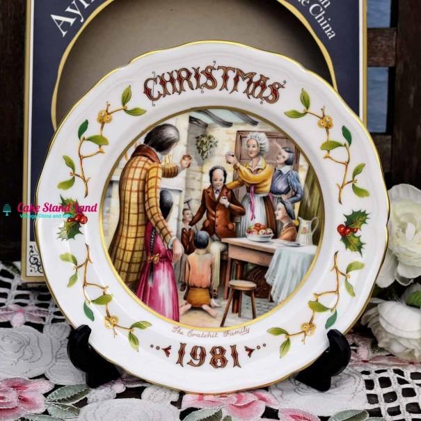 AYNSLEY CHRISTMAS 1981 THE CRACHIT FAMILY