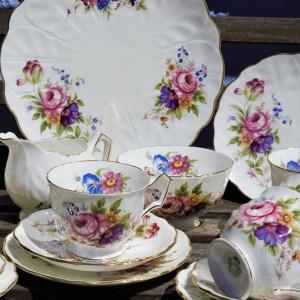 AYNSLEY HOWARD SPRAYS VINTAGE TEA SET