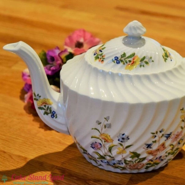(OUT OF STOCK) AYNSLEY COTTAGE GARDEN 3 PINT TEAPOT