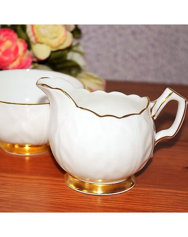 AYNSLEY WHITE CROCUS MILK JUG & SUGAR BOWL