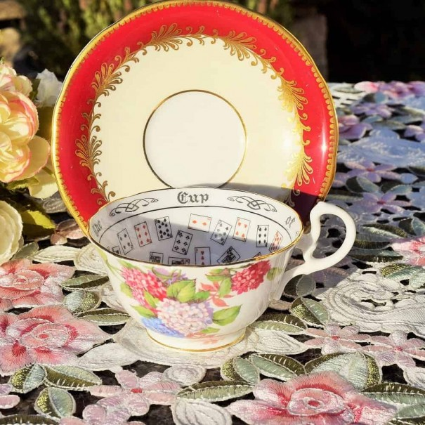 (OUT OF STOCK) AYNSLEY CUP OF KNOWLEDGE TEA CUP & SAUCER