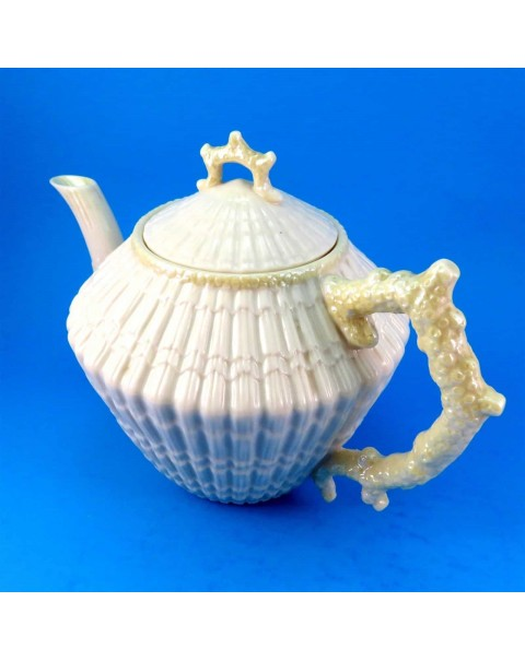 (OUT OF STOCK) BELLEEK SHELL LIMPET TEAPOT