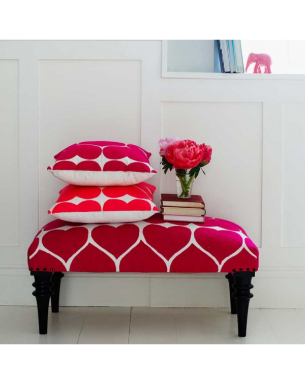 LOVE HEART EMBROIDERED BENCH FUCHSIA