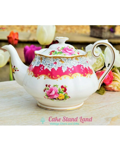 (OUT OF STOCK) ROYAL ALBERT BRIGHTON ROSE TEAPOT VERY RARE
