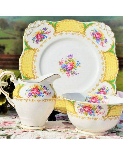 (OUT OF STOCK) TUSCAN ALBANY CAKE PLATE SET