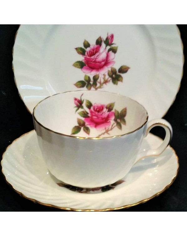 (OUT OF STOCK) CARLETON ROSE TEA TRIO