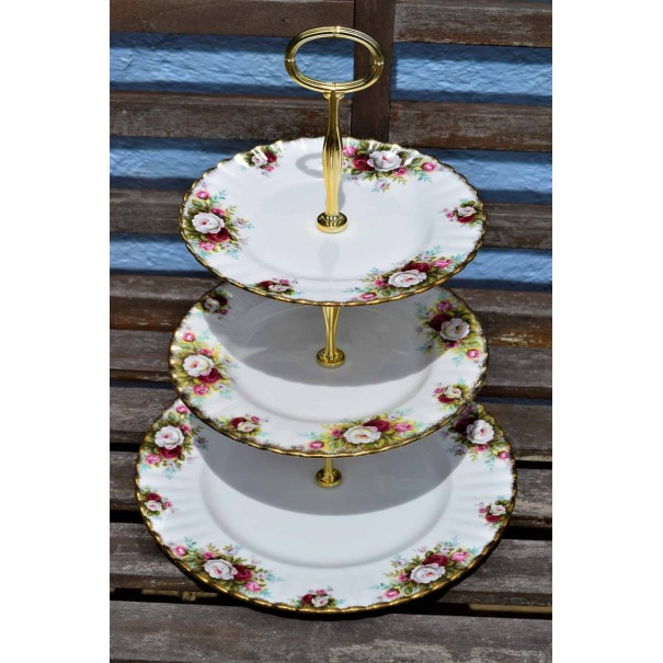 ROYAL ALBERT CELEBRATION CAKE STAND