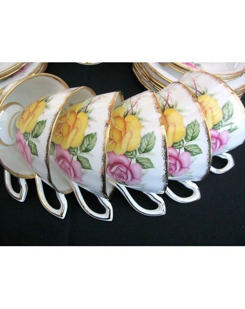 (OUT OF STOCK) CLARE CHINA ROSES TEA SET