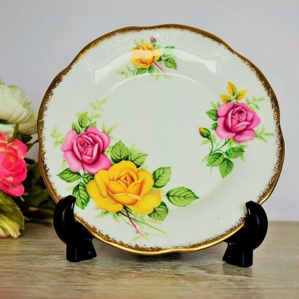 (OUT OF STOCK) CLARE PINK & YELLOW ROSE TEA PLATE