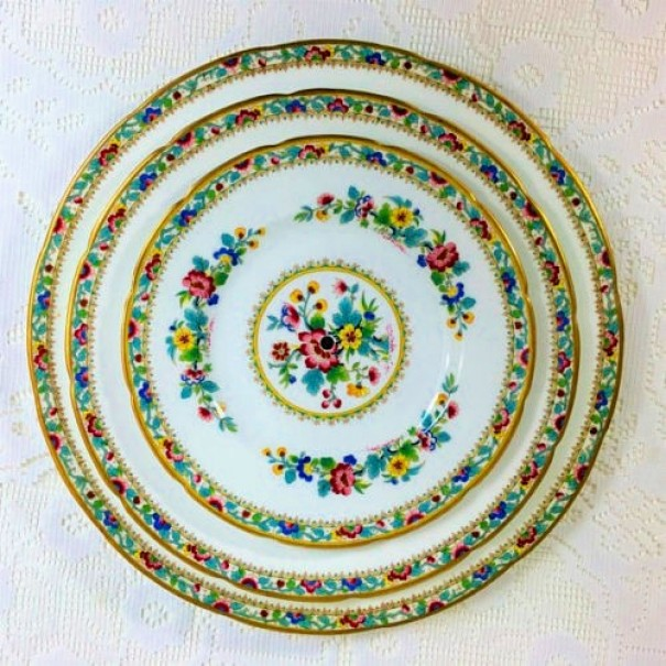 (OUT OF STOCK) COALPORT MING ROSE CAKE STAND
