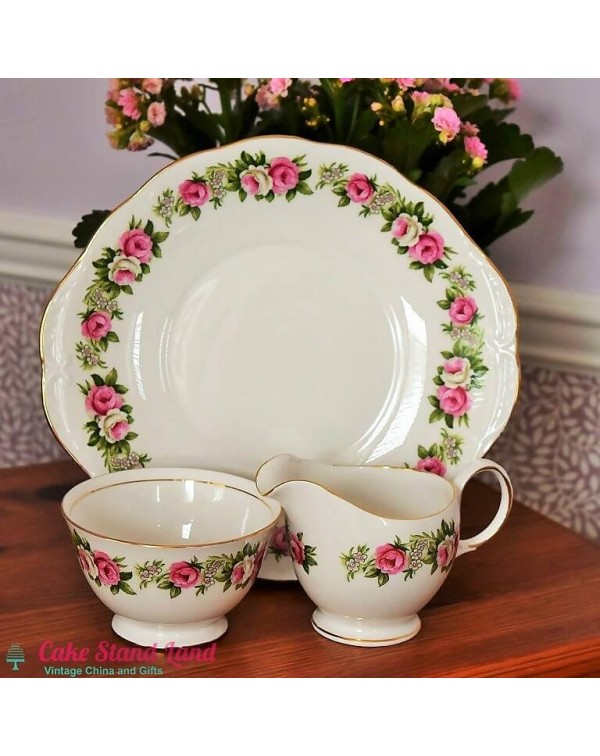(OUT OF STOCK) COLCLOUGH ENCHANTMENT CAKE PLATE SE...