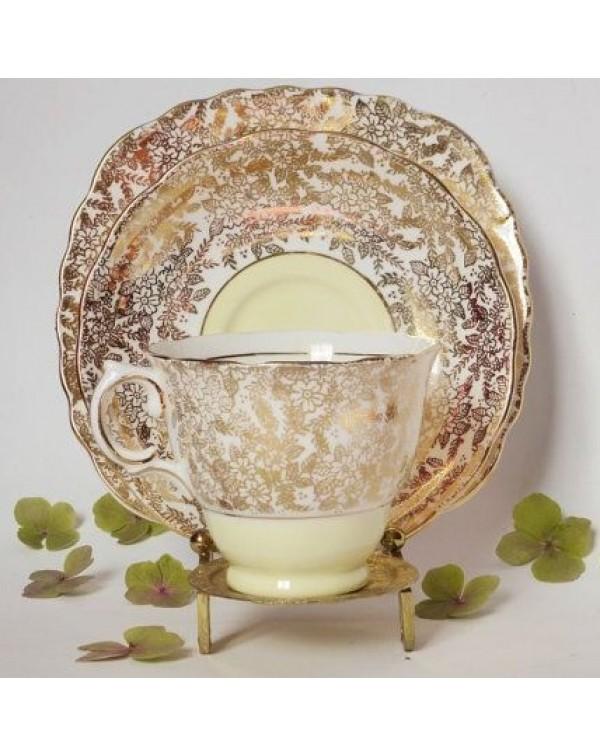 (SOLD) COLCLOUGH LEMON GOLD TEA TRIO