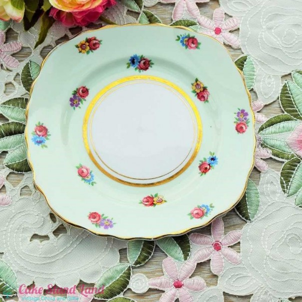 (OUT OF STOCK)  COLCLOUGH CHINA FLORAL TEA PLATE