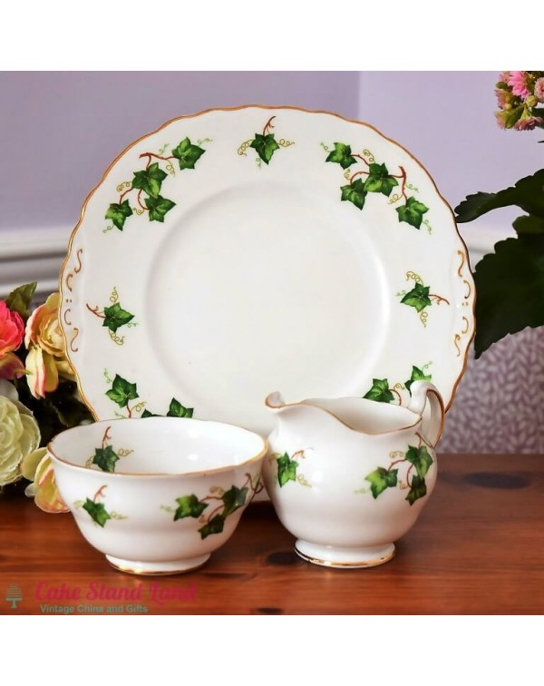 (OUT OF STOCK) COLCLOUGH IVY CAKE PLATE SET