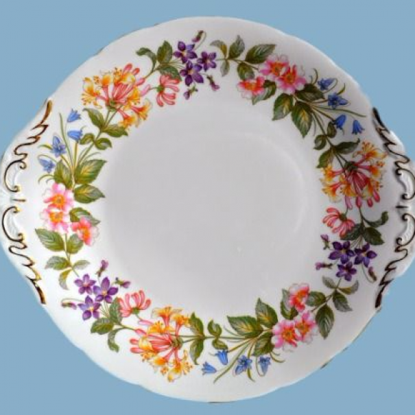 (OUT OF STOCK) COUNTRY LANE CAKE PLATE