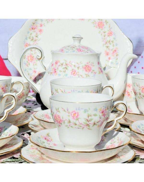 (OUT OF STOCK) COLCLOUGH BOUQUET TEA SET WITH TEAP...