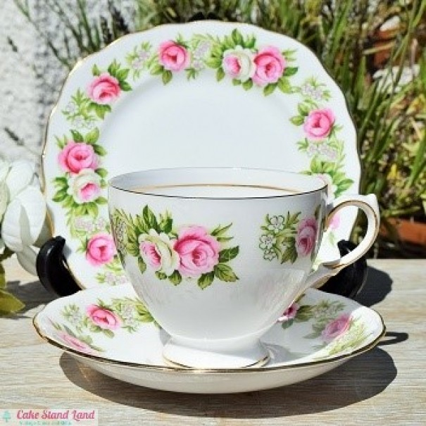 COLCLOUGH ENCHANTMENT TEA TRIO