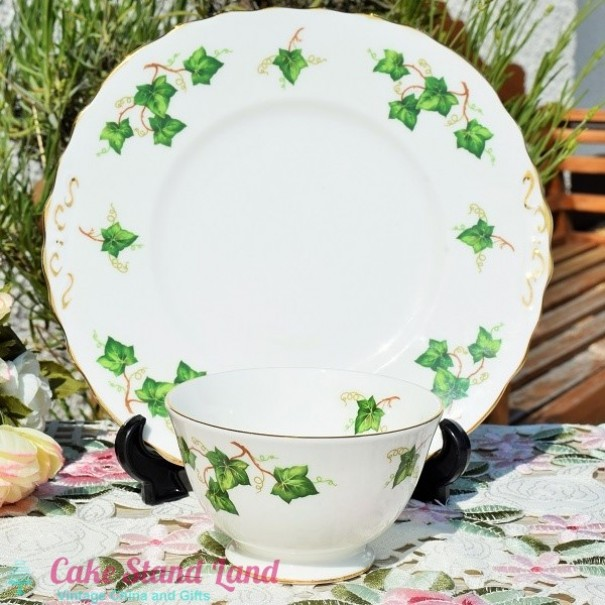 (OUT OF STOCK) COLCLOUGH CAKE PLATE SET