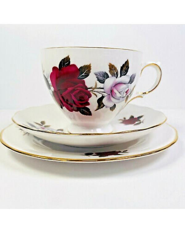 COLCLOUGH AMORETTA TEA TRIO ROUND PLATE