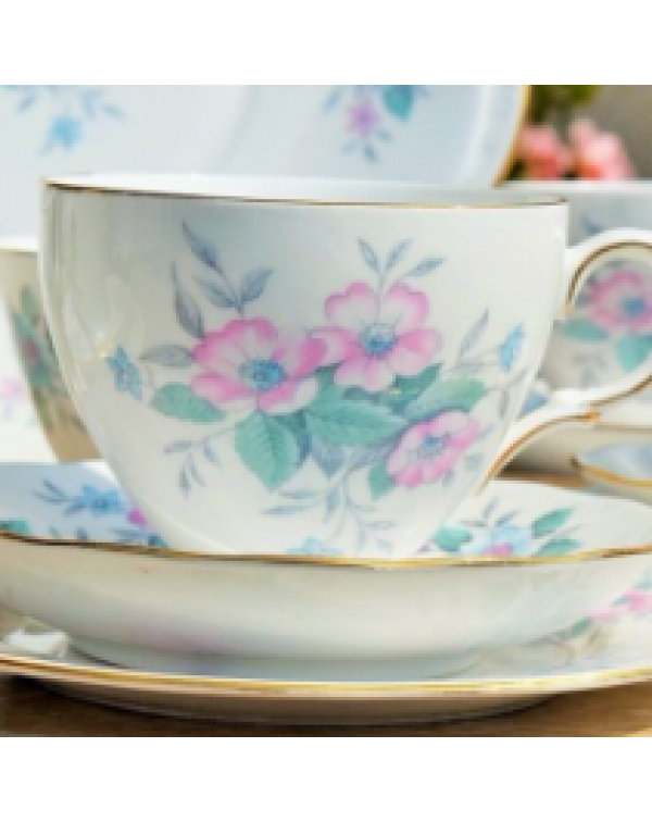 (OUT OF STOCK) COLCLOUGH FLORAL TEA SET