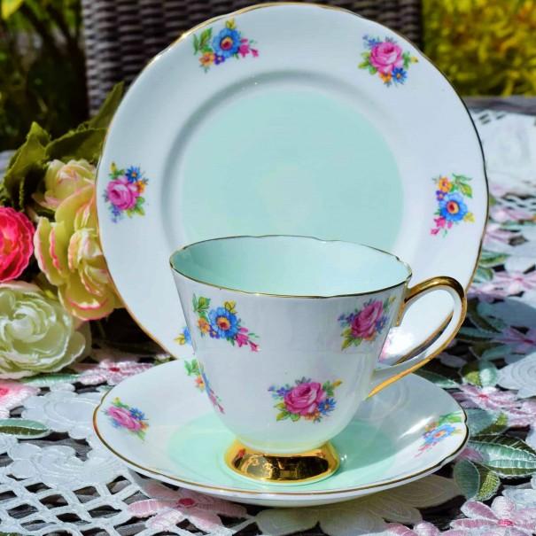 ROYAL CROWN TEA TRIO