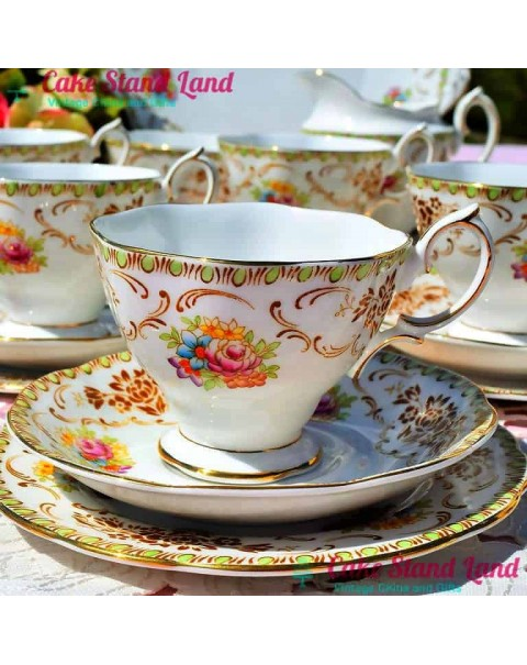 (SOLD) ROYAL ALBERT DAMASK TEA SET