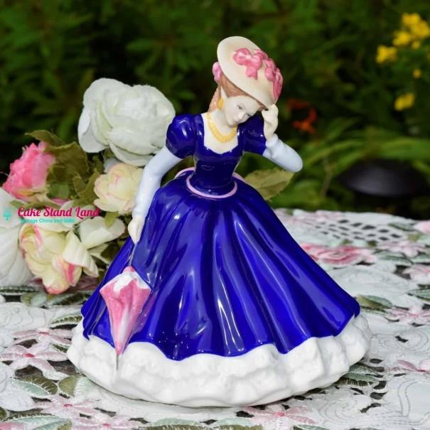 HN3375 ROYAL DOULTON MARY
