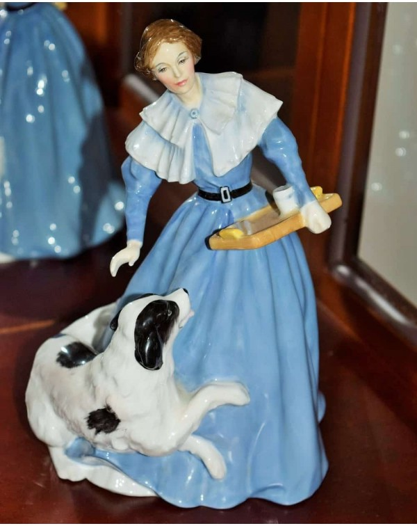 (SOLD) HN3842 ROYAL DOULTON  JANE EYRE