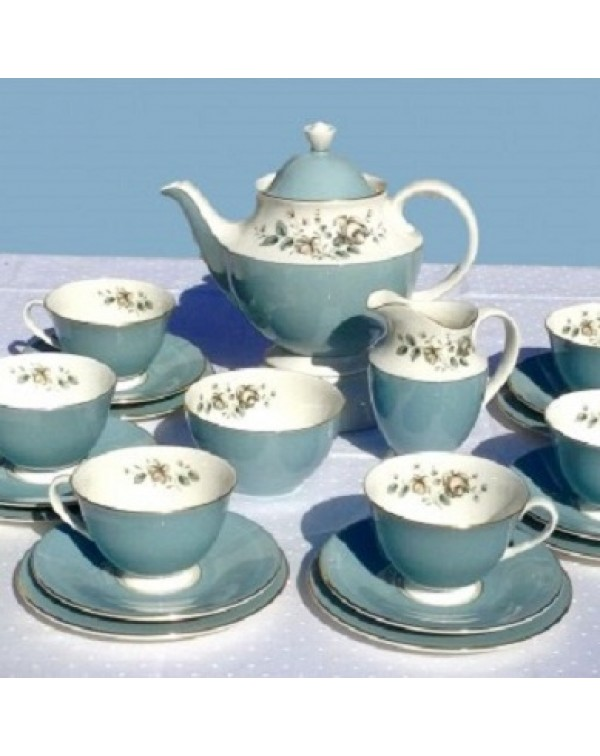 (OUT OF STOCK) ROYAL DOULTON ROSE ELEGANS TEA SET