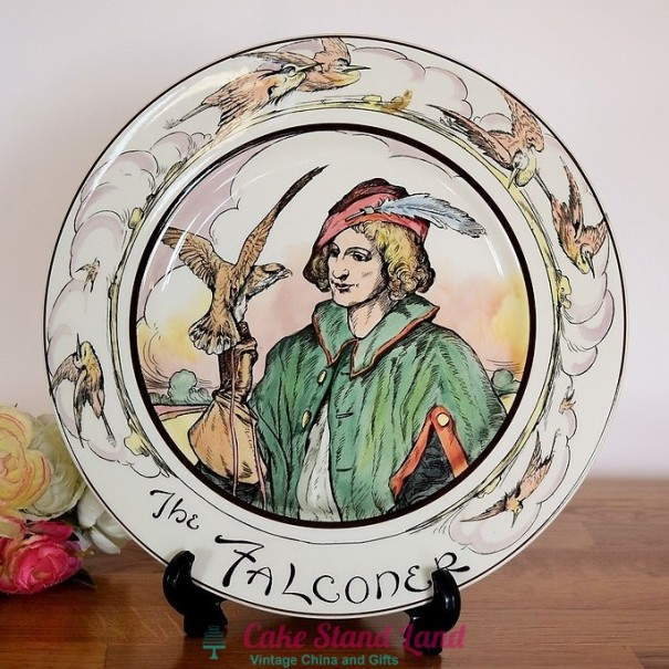(OUT OF STOCK)  ROYAL DOULTON THE PROFESSIONALS PLATE THE FALCONER
