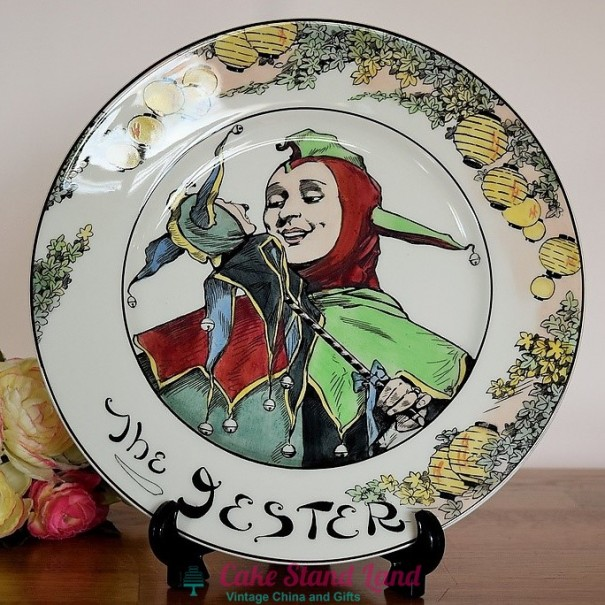 (OUT OF STOCK)  ROYAL DOULTON THE PROFESSIONALS PLATE THE JESTER