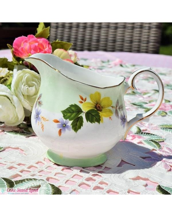 DUCHESS MILK JUG LEAF