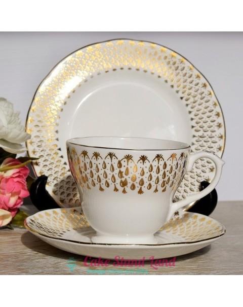 DUCHESS GOLD RAIN TEA TRIO