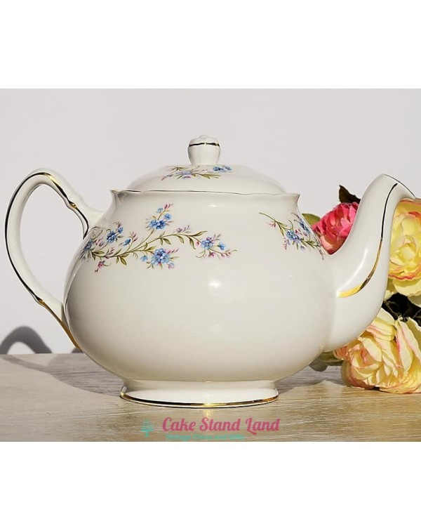 (SOLD) DUCHESS TRANQUILITY TEAPOT