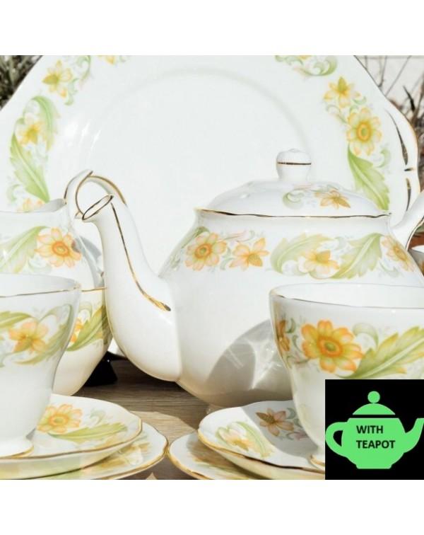 (SOLD) DUCHESS GREENSLEEVES TEA SET