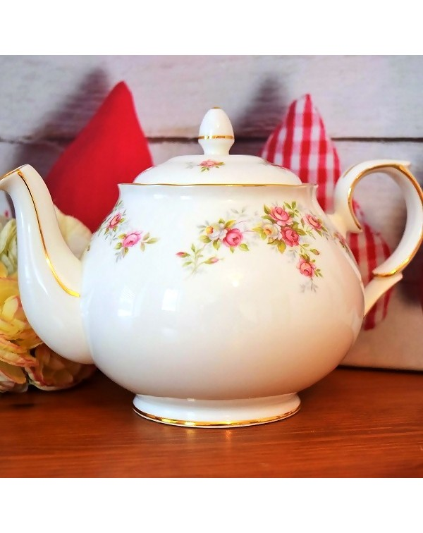 (OUT OF STOCK) DUCHESS JUNE BOUQUET TEAPOT