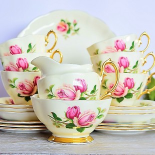 ROYAL ALBERT ENGLISH BEAUTY TEA SET