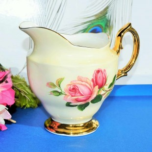 ROYAL ALBERT ENGLISH BEAUTY MILK JUG