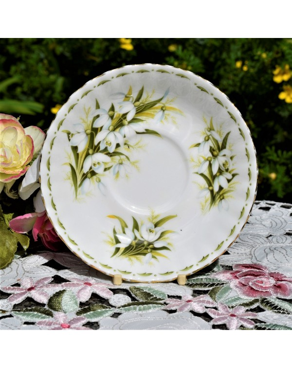 ROYAL ALBERT FLOWERS OF THE MONTH SAUCER SNOWDROPS