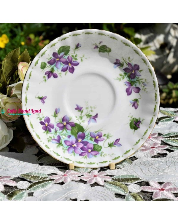 ROYAL ALBERT FLOWERS OF THE MONTH SAUCER VIOLETS