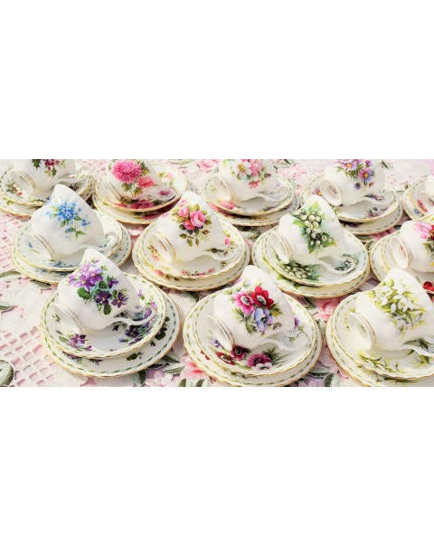 (OUT OF STOCK) ROYAL ALBERT FLOWERS OF THE MONTH 36 PIECE TEA SET