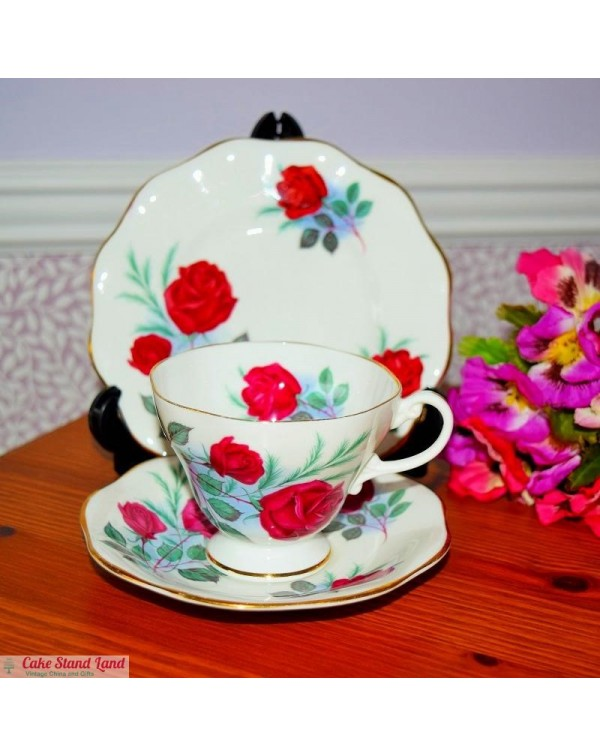 (OUT OF STOCK) FOLEY RED ROSE TEA TRIO