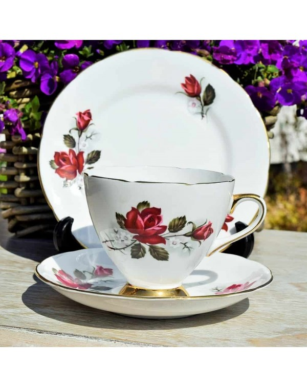 (OUT OF STOCK) GLADSTONE RED ROSE TEA TRIO