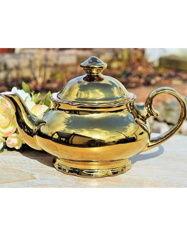 (OUT OF STOCK) GOLD LUSTRE TEAPOT
