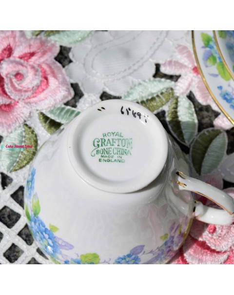 ROYAL GRAFTON HYDRANGEA TEA SET