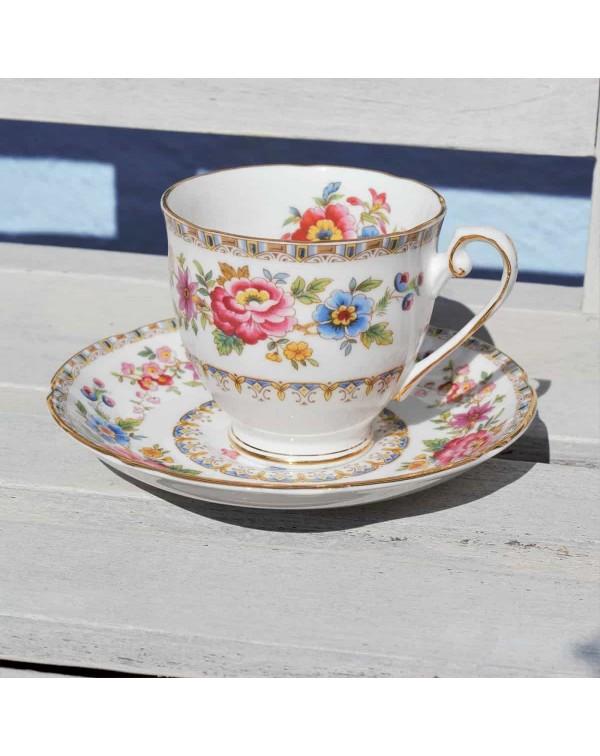 ROYAL GRAFTON MALVERN TEA CUP & SAUCER