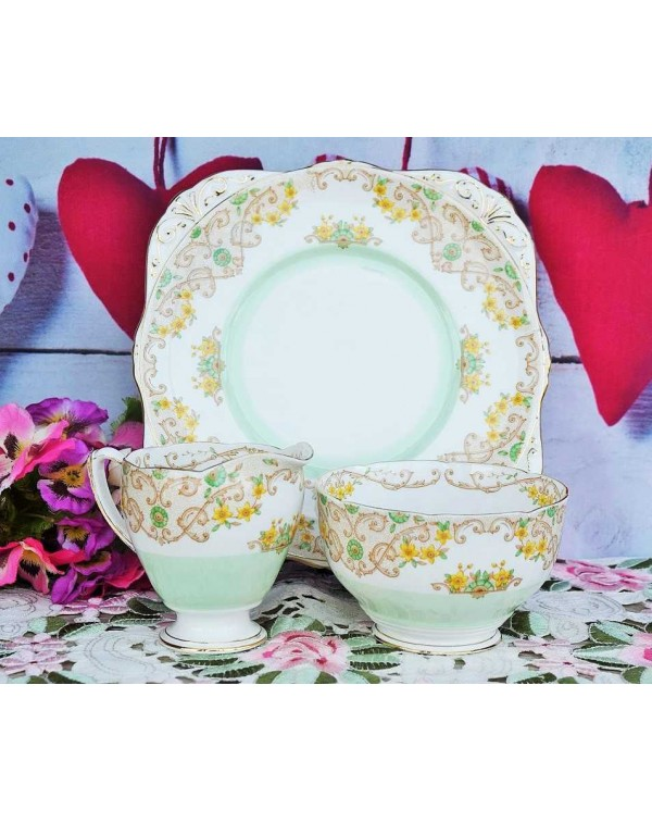 (OUT OF STOCK) GRAFTON PIRSHORE CAKE PLATE SET