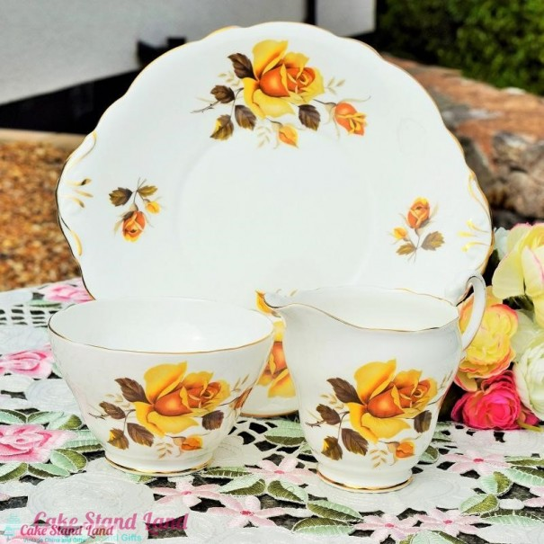 (SOLD) GROSVENOR YELLOW ROSE CAKE PLATE SET