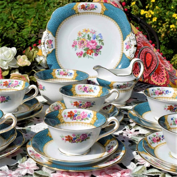 (SOLD) GROSVENOR TURQUOISE FLORAL TEA SET