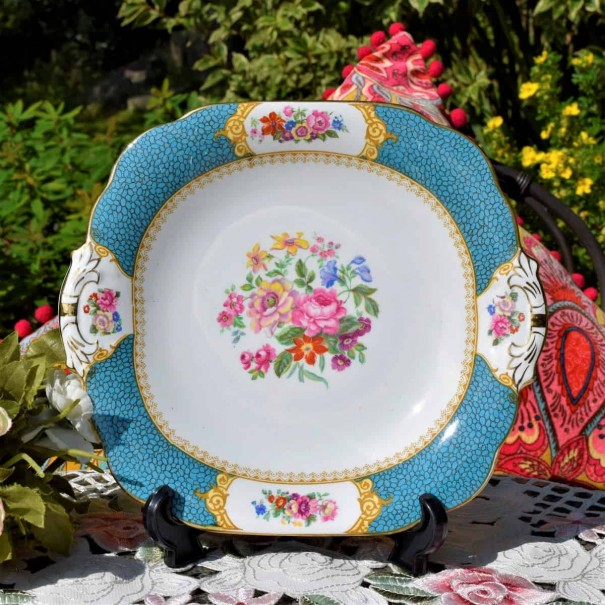 (SOLD) GROSVENOR TURQUOISE FLORAL CAKE PLATE